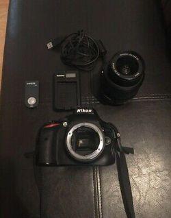 Nikon D5100 16.2MP Digital SLR for Sale in Denver,  CO