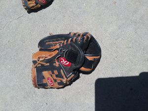 Rawlings BASEBALL glove for Sale in Industry, CA
