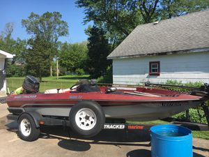 1989 bass tracker for Sale in Downers Grove, IL