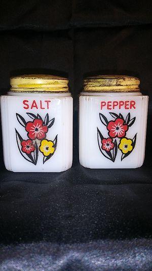 Vintage TIPP White Milk Glass Salt Pepper Shaker Set. Metal Lids for Sale in Port Huron, MI