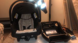 Infant Car Seat for Sale in Brooklyn Park, MD