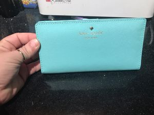 NWT Kate Spade leather wallet for Sale in Columbus, OH
