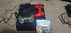 Ps4 pro 11 games 2 controllers and duel charger for Sale in Wyandotte, MI