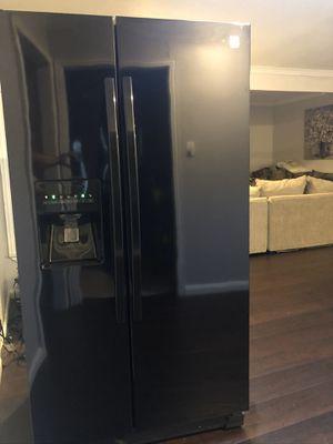 Black Kenmore SidebySide Refrigerator for Sale in Fort Worth, TX