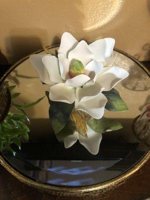 Magnolia grande no es home interior es Andrea nueva en caja $90 precio firme for Sale in Los Angeles, CA