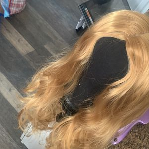 dirty blonde 360 closure wig for Sale in Palmdale, CA
