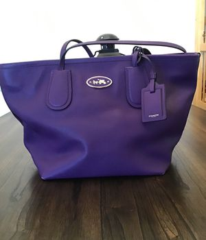 Coach purple tote bag gently used for Sale in Glendale, CA