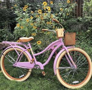 "Huffy 26"" Womens Nel Lusso Cruiser Bike with Perfect Fit Frame, Pink for Sale in St. Louis, MO"