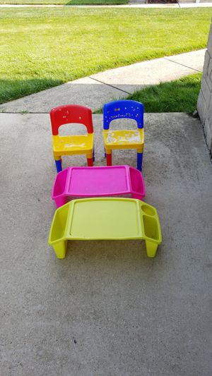 2 kids chairs and 2 snack tables. All for $5 for Sale in Chicago, IL