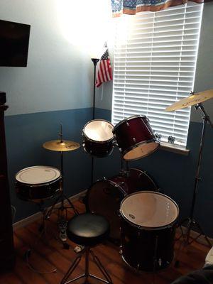Pearl forum drum set for Sale in Orlando, FL
