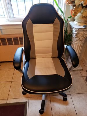 Adjustable office chair for Sale in New York, NY