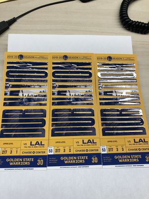 Warriors Lakers tickets Thursday 2.27 for Sale in San Francisco, CA
