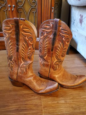 Size 10 Mens Vintage Lucchese Boots for Sale in Laguna Beach, CA