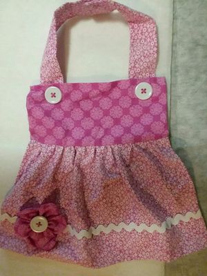 New Handmade Pink Flowers Apron Dress Girl Baby Bib for Sale in St. Louis, MO