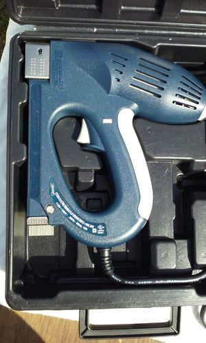Stapler/Nail gun 3 in 1 for Sale in Tampa, FL