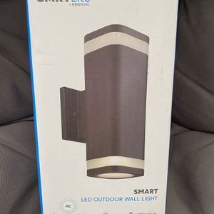 SMRTLite by NBG HOME 11 in. Black Integrated LED Outdoor Wall Sconce with Frosted Acrylic for Sale in Miami, FL