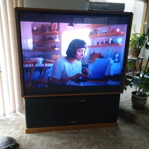 """Free 62"""" Big Screen (Projection?) Tv for Sale in Oregon City, OR"""