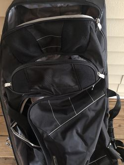 High Sierra Wheeled Duffle With Backpack Straps for Sale in Vancouver,  WA
