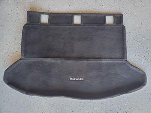 2009-2014 Nissan Rogue OEM Tunk Mat for Sale in El Cajon, CA