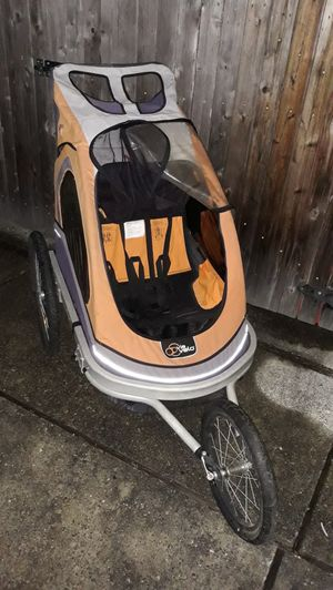 VERY NICE STROLLER FOR TWO CHILDREN'S KID'S FOR SALE for Sale in Bellevue, WA