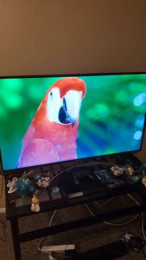 hisense smart tv 60 inch ultra hd 4k like new for Sale in Las Vegas, NV