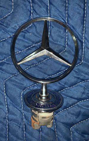 Mercedes Hood Star Emblem for Sale in Marietta, GA