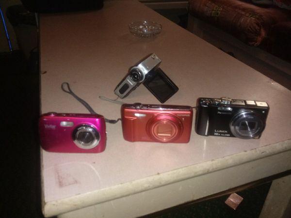 Digital camera lot
