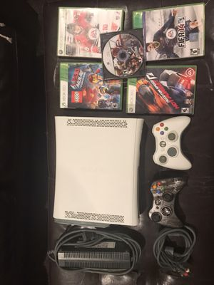 Microsoft XBOX360 Bundle for Sale in Mount MADONNA, CA