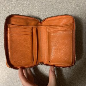 Tiffany & Co Smart Zip Wallet- Orange- Great Condition for Sale in Fort Myers Beach, FL