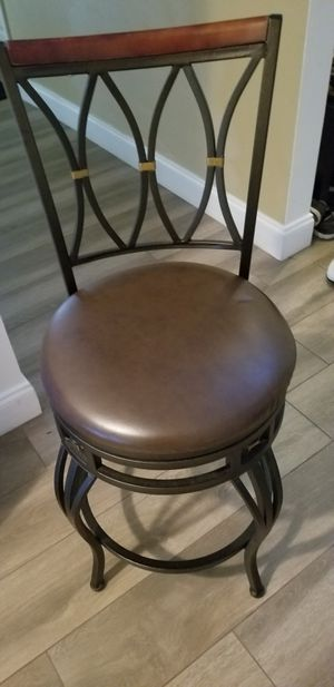 Swivel bar height stool 1 only for Sale in Pembroke Pines, FL