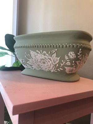 Hand painted flower pot for Sale in Chino, CA