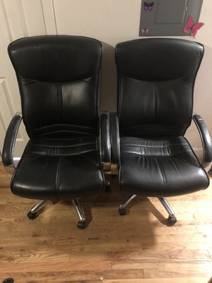 ——-Black Rolling Chair——- for Sale in Golden, CO