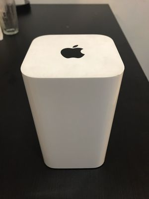 Apple AirPort Extreme Base Station 6th Gen Dual Band 802.11ac Wifi Router A1521 for Sale in Philadelphia, PA