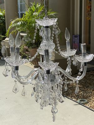 Chandelier for Sale in Cypress Gardens, FL