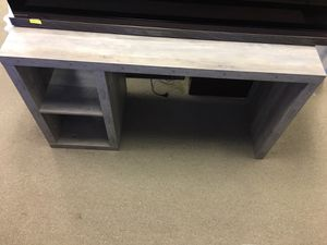 Beautiful Vintage Gray Tv Stand/Desk (54inx31inx20in) for Sale in Duluth, GA