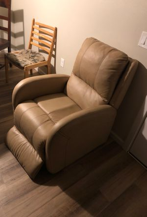 Recliner chair for Sale in Bend, OR