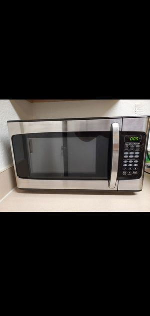 Microwave stainless steel, no damage only 7 months old. Best offer for Sale in Kissimmee, FL