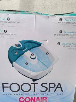 Conair Foot Spa Whit Bubbles Massage & Heat for Sale in Lynnwood,  WA