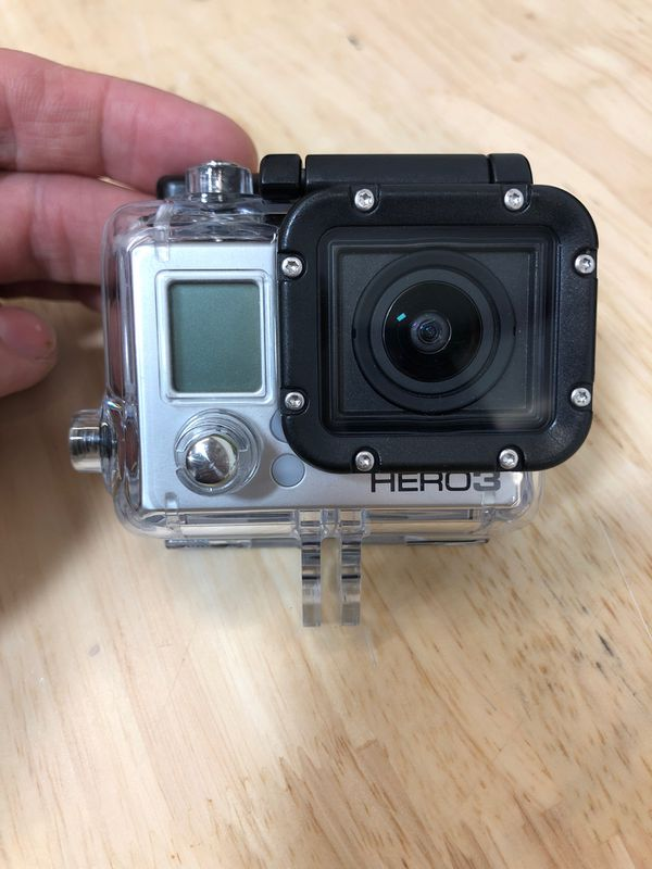 GoPro hero 3 with mounts and carry case