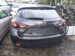 2014 Mazda 3 parts only no the car for Sale in Hialeah, FL