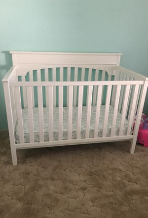 White Crib & Mattress for Sale for Sale in Payson, AZ