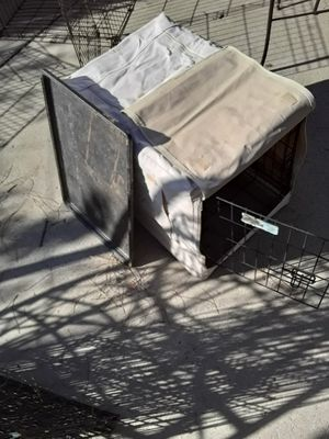 Dog crate for Sale in Pittsburg, CA