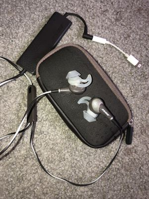 Bose QC20 QuietComfort 20 Acoustic Noise-Canceling Earbuds for Sale in Houston, TX