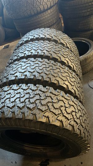 265/75/17 BFGOODRICH with 85% Tread for Sale in Arlington, TX
