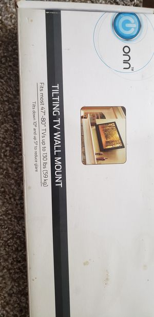 Tilting TV wall mount for Sale in Sioux Falls, SD