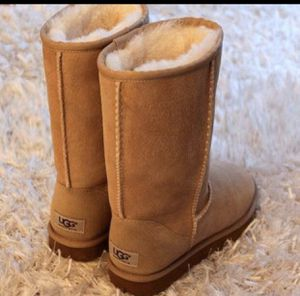 Classic Ugg Boots high for Sale in Norco, CA