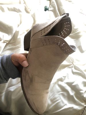 Boots size 8 for Sale in Riverside, CA
