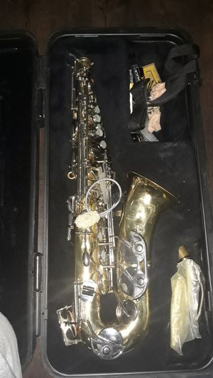 Bundy saxophone complete with case for Sale in Hopewell, VA