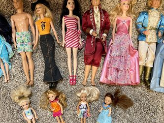 12 Dolls - Barbie, Ken, Disney for Sale in Thousand Oaks,  CA