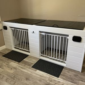 Dog Kennel Custom for Sale in Irvine, CA